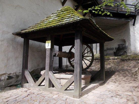 https://foto.turistika.cz/foto/r/550/61582/121132/dscn1438.jpg