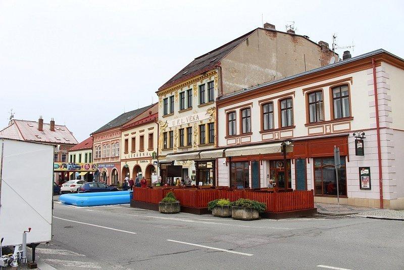 Seznamka - Kino 70 - msto Dobruka
