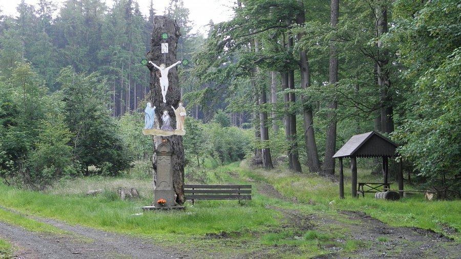 Výsledek obrázku pro zelený kříž křečany